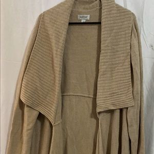 Avenue thick long tan knit sweater size 22/24